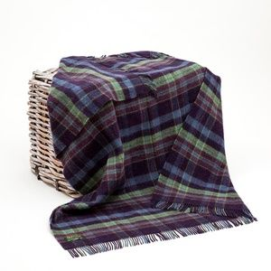 New Ireland Pure New Wool Throw Blanket Blue Green